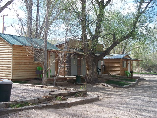 Camping Cabins Picture 2